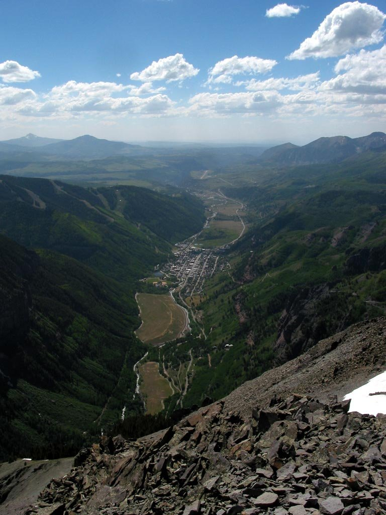 An aerial view of Telluride, CO.