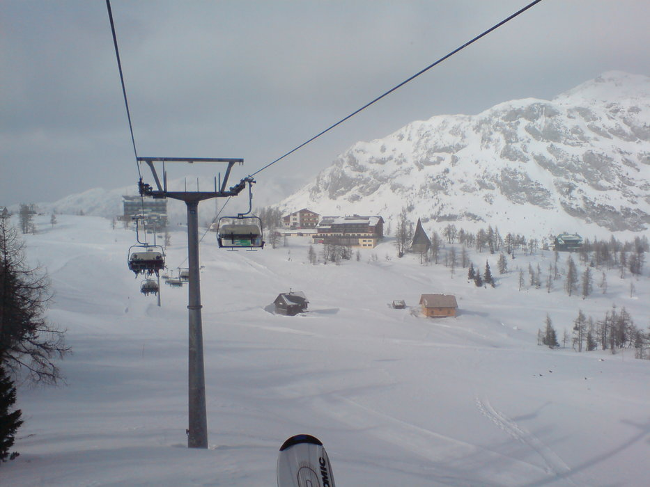Tauplitzalm beaten by a snow and wind storm - ©Martin Lipocky | lipocky @ Skiinfo Lounge