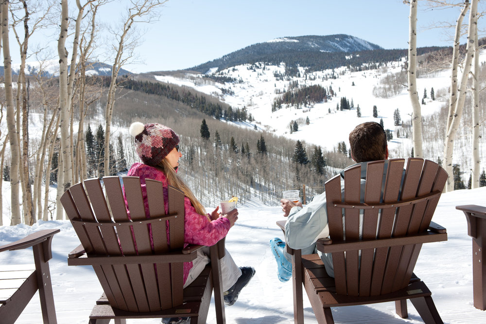 Slopeside happy hour, Beaver Creek. - ©Jack Affleck