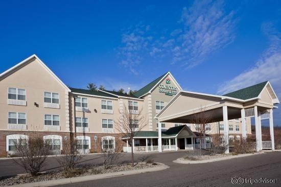 Country Inn & Suites Iron Mountain