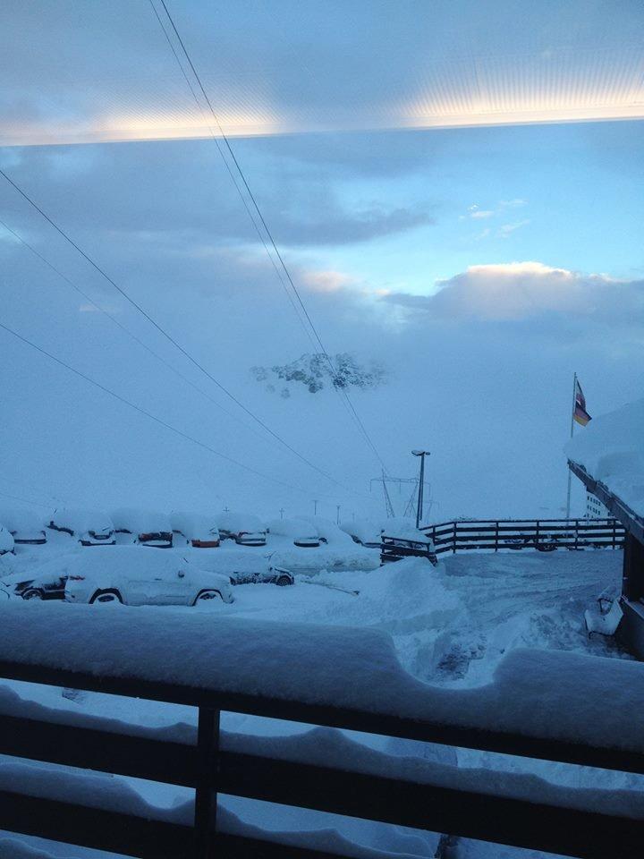Passo Stelvio, neve fresca 15.10.15 - ©Pirovano Passo Stelvio Facebook