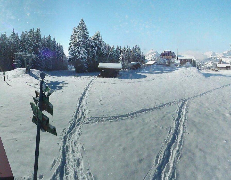 Crest Voland ce midi entre neige et soleil