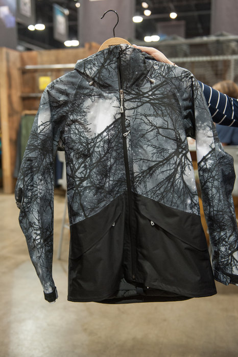 Patagonia's Snowbelle gets a bold print for next season and we fully approve! - ©Ashleigh Miller Photography