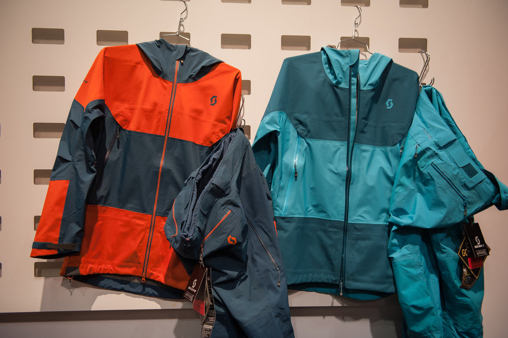 Scott's Vertic Tour jacket joins its awesomely colorful lineup for 16/17 as a do-all jacket that's bridging the gap between the brand's Explorair and Vertic lines. - ©Ashleigh Miller Photography