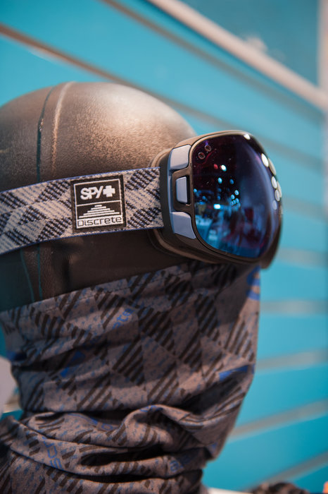 Spy Optic continues its killer collab collection into 16/17 with this Discrete goggle and matching neck tube. - ©Ashleigh Miller Photography