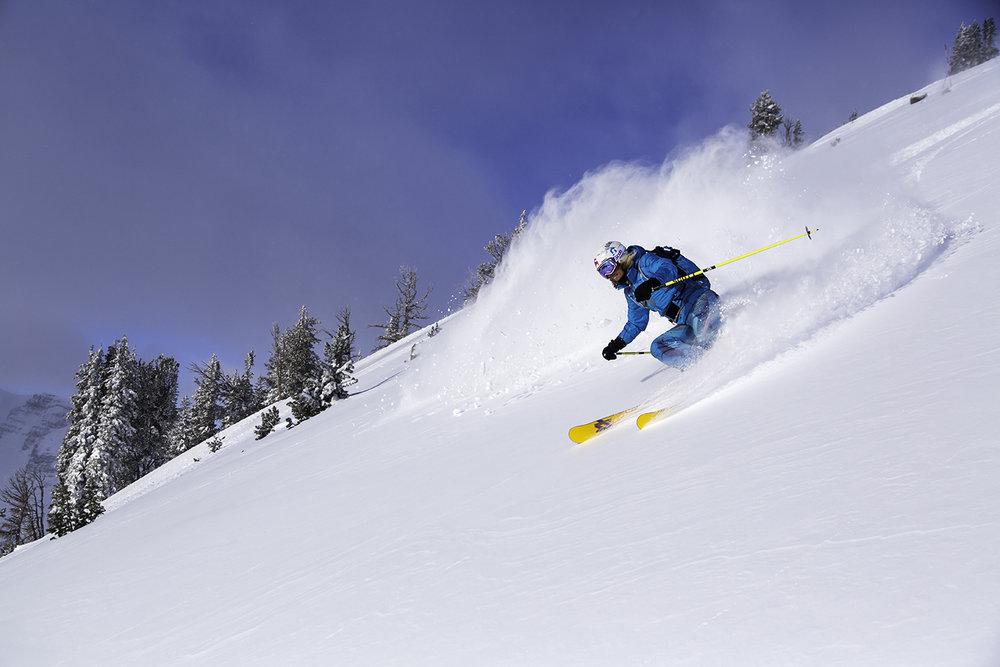 Save $200 on Jackson Hole airfare per person. - ©Jackson Hole Mountain Resort