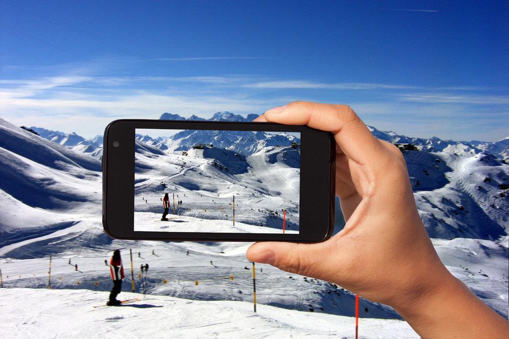 Pourquoi ne pas partager vos observations concernant votre dernière journée de ski ? À vos smartphones, prêts, partagez ! - ©Skiinfo