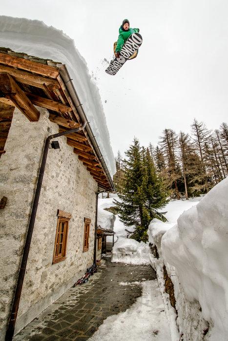 Click on the Mountain 2016 - ©Ethan Stone - Umberto Biglia