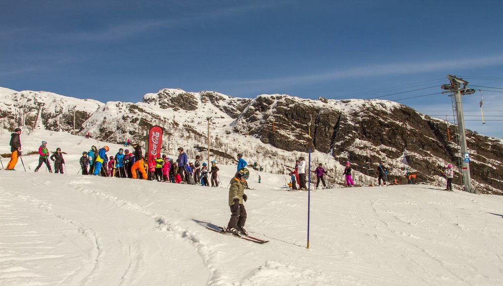 Vinterferie i Hordaland! Coca Cola arrangerte skirenn for barna og 150 stilte til start.  - ©Jan Petter Svendal/Eikedalen skisenter
