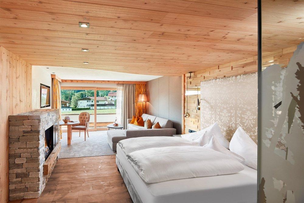 Alpine wellnesshotel karwendel achensee pertisau for Design hotel achensee