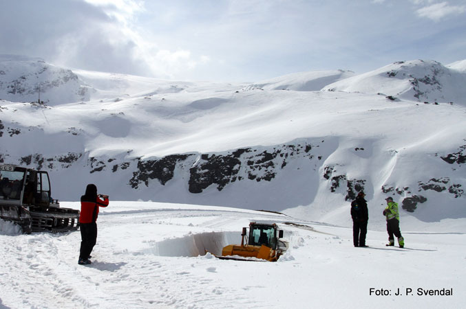 Folgefonna - April 22 2012 - ©Jan Petter Svendal