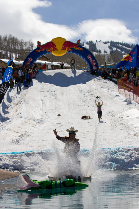 Red Bull Pondskim at Aspen. SchneeTag-0624. Photo by Jeremy Swanson
