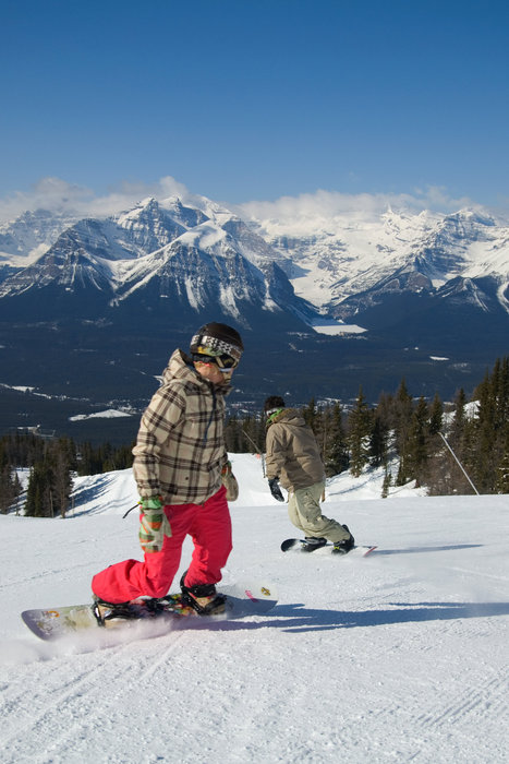 Snowboarders on piste at Lake Louise, Banff. Photo courtesy of Lake Louise.