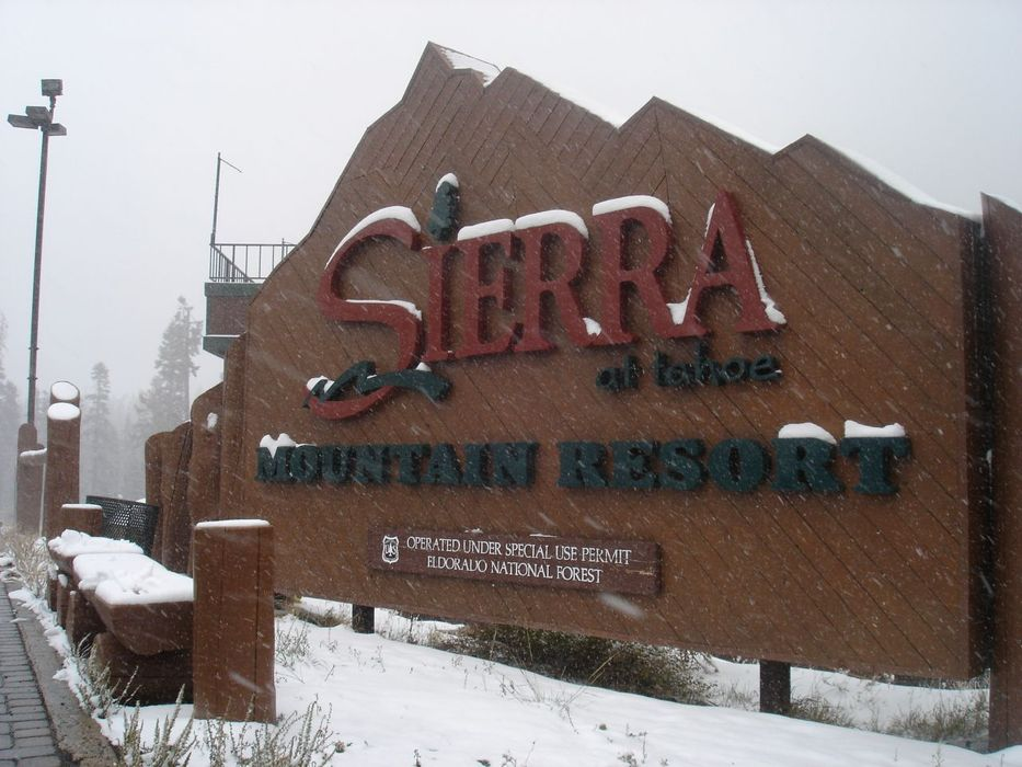 A view of a welcome sign to Sierra-at-Tahoe, California in October, 2007