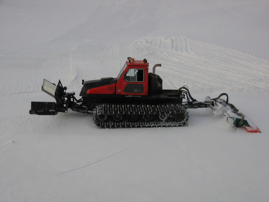 A grooming machine at Mt Kato, MN.