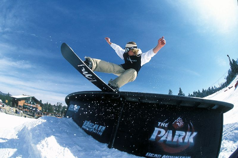 A view of a snowboarder in the terrain park in Snow Summit, California