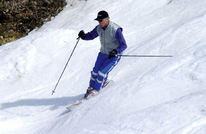 A skier at Chestnut Mountain Resort, Illinois