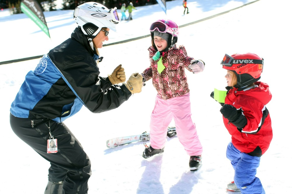 The Loveland Ski & Ride School Offers the 3 Class Pass. - ©Visit Colorado