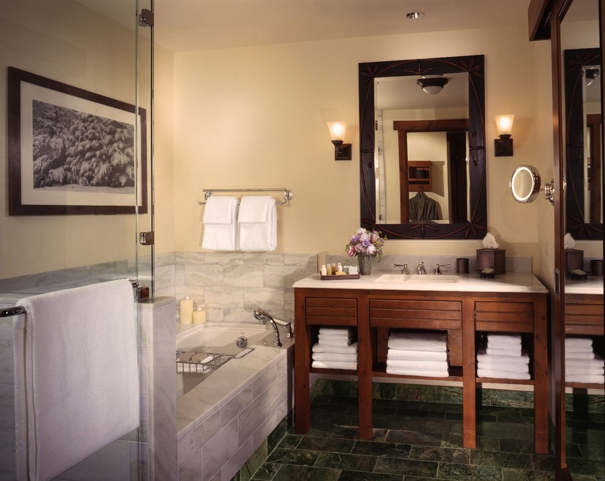 Guest room bath. Photo Courtesy of Stowe Mountain Lodge.