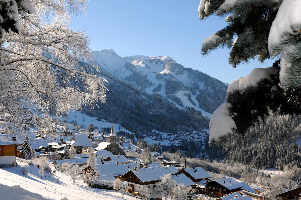 Skiing at Châtel, France Montagnes - ©Jean-Francois Vuarand - Châtel Tourisme