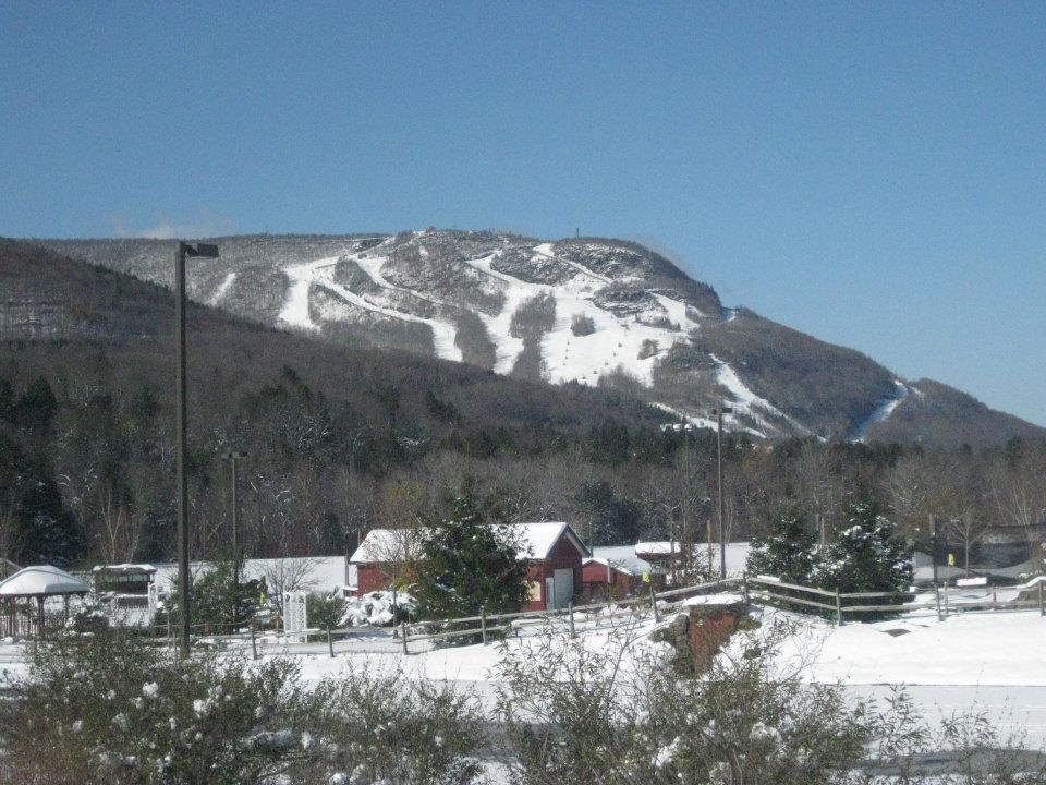 Bluebird day at Hunter Mountain. Photo Courtesy of Hunter Mountain.