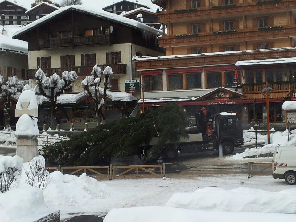 Snow-clad village of Le Grand Bornand. Dec. 13, 2012 - ©Le Grand-Bornand