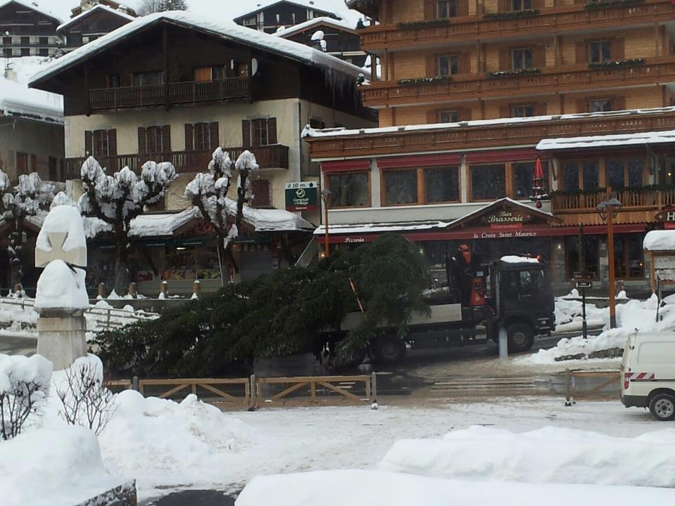 Snow-clad village of Le Grand Bornand. Dec. 13, 2012 - ©Le Grand-Bornand