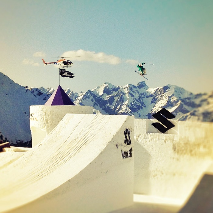 Freeskier Emilia Wint takes to the course at the Nine Queens Event in Austria.