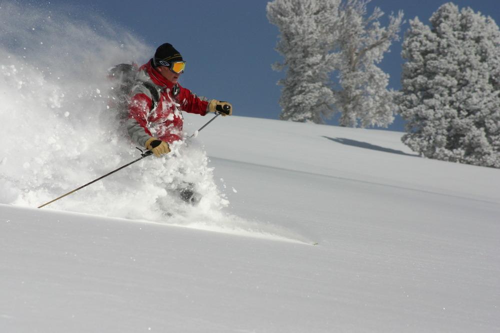 Getting deep with High Mountain Heli-Skiing. - ©High Mountain Heli-Skiing