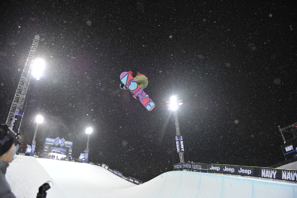 Kelly Clark in the pipe.