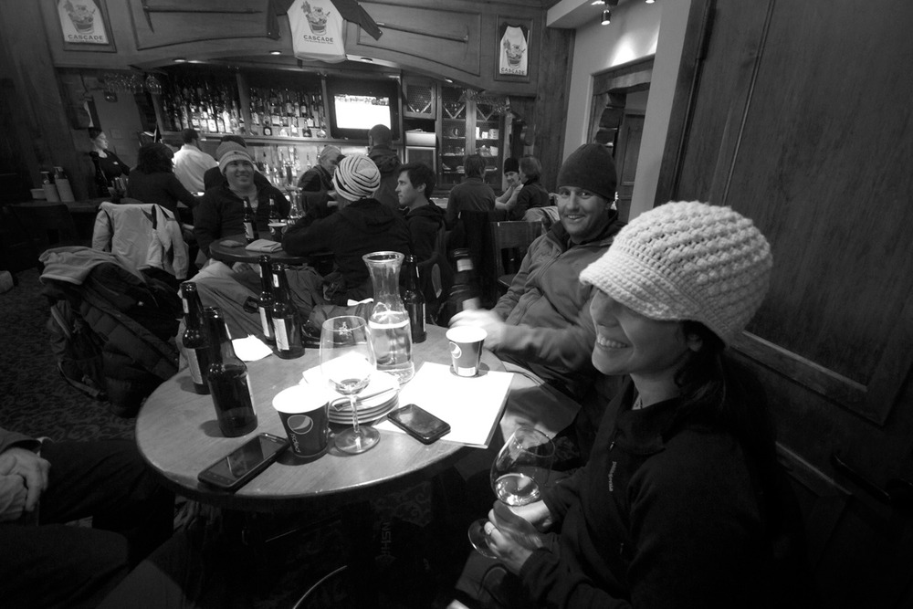 Apres ski at the Cascade Bar in Teton Village.