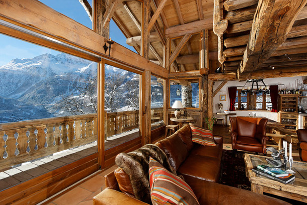 Chalet Merlo Lounge, Courtesy French Mountain Property