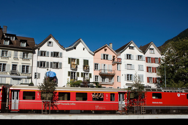Rhaetian Railways on its way through Chur, SW - ©swiss-image.ch/Andrea Badrutt..