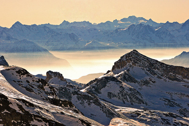 Views over Italy from the Rifugio Guide del Cervino, Switzerland - ©Gunter Schurr