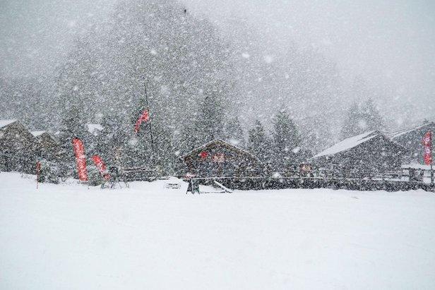 Heavy snowfall in Nendaz, Switzerland Jan. 14, 2015 - ©Nendaz Tourisme
