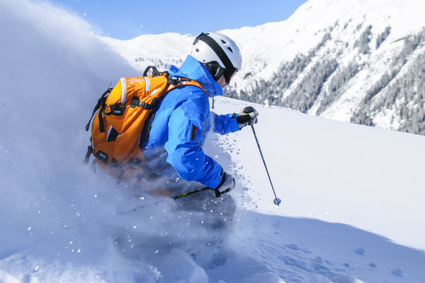 protection skieur - ©A. Rochau - Fotolia.com