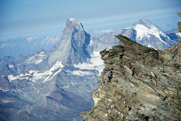 Alpinist Andreas Steindl überquert fünf Viertausender von Zermatt nach Saas Fee in Rekordzeit