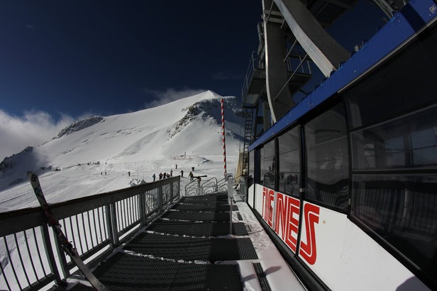 Tignes gets ready to launch the ski season Oct. 3 - ©OT de Tignes