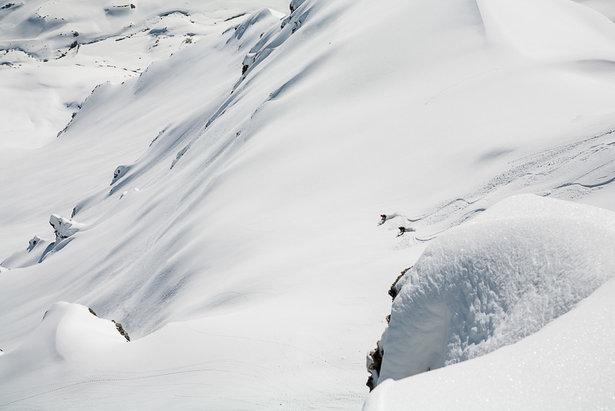 Fünf grandiose Skitouren: Auf den Gipfeln des Wallis - ©Iris Kuerschner | powerpress.ch