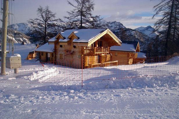 h 233 bergements insolites de la vall 233 e de l ubaye skiinfo
