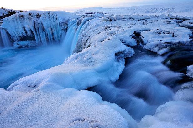 Wasserfall bei Godafoss im Dezember - ©Norbert-Eisele Hein
