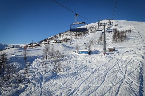 Myrkdalen var det første skisenteret i Norge som inngikk avtale med Skioo. Her kan du slippe å stå i kø til vinteren hvis du laster ned appen på telefonen din.  - ©Eirik Aspaas