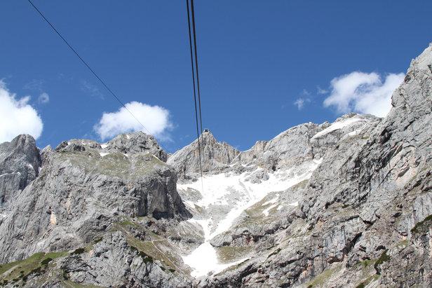 Blick zur Bergstation der Dachstein-Bergbahn - ©Bergleben.de