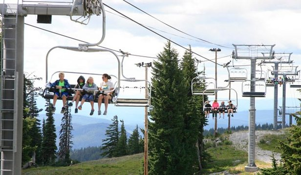Mt. Hood Meadows Summer Scenic Chairlift - ©Dave Tragethon / Mt. Hood Meadows