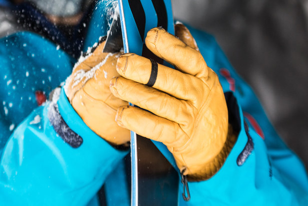 Gloves & Mittens Buyers' Guide - ©Liam Doran