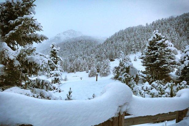 Erster Schnee 2016/2017: Es fängt an zu powdern!!! - ©Facebook Livigno