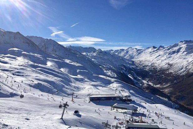 Wenig Schnee: Einige geplante Saisonstarts müssen verschoben werden - ©Obergurgl-Hochgurgl
