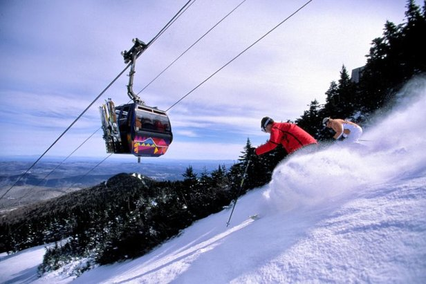Killington gondola and skiers