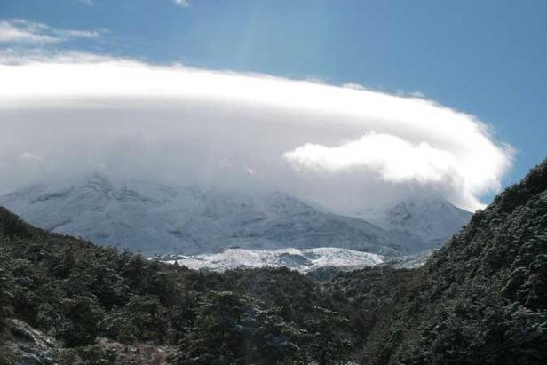 Ruapehu snow march 09