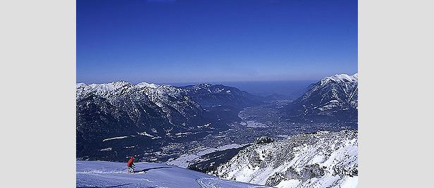 Blick über Garmisch - ©DSV Ski & Sportmagazin